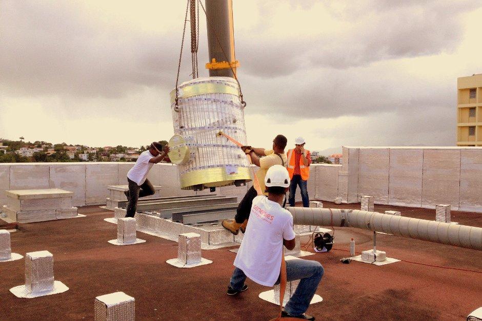Installation d'un chauffe-eau solaire collectif en Martinique